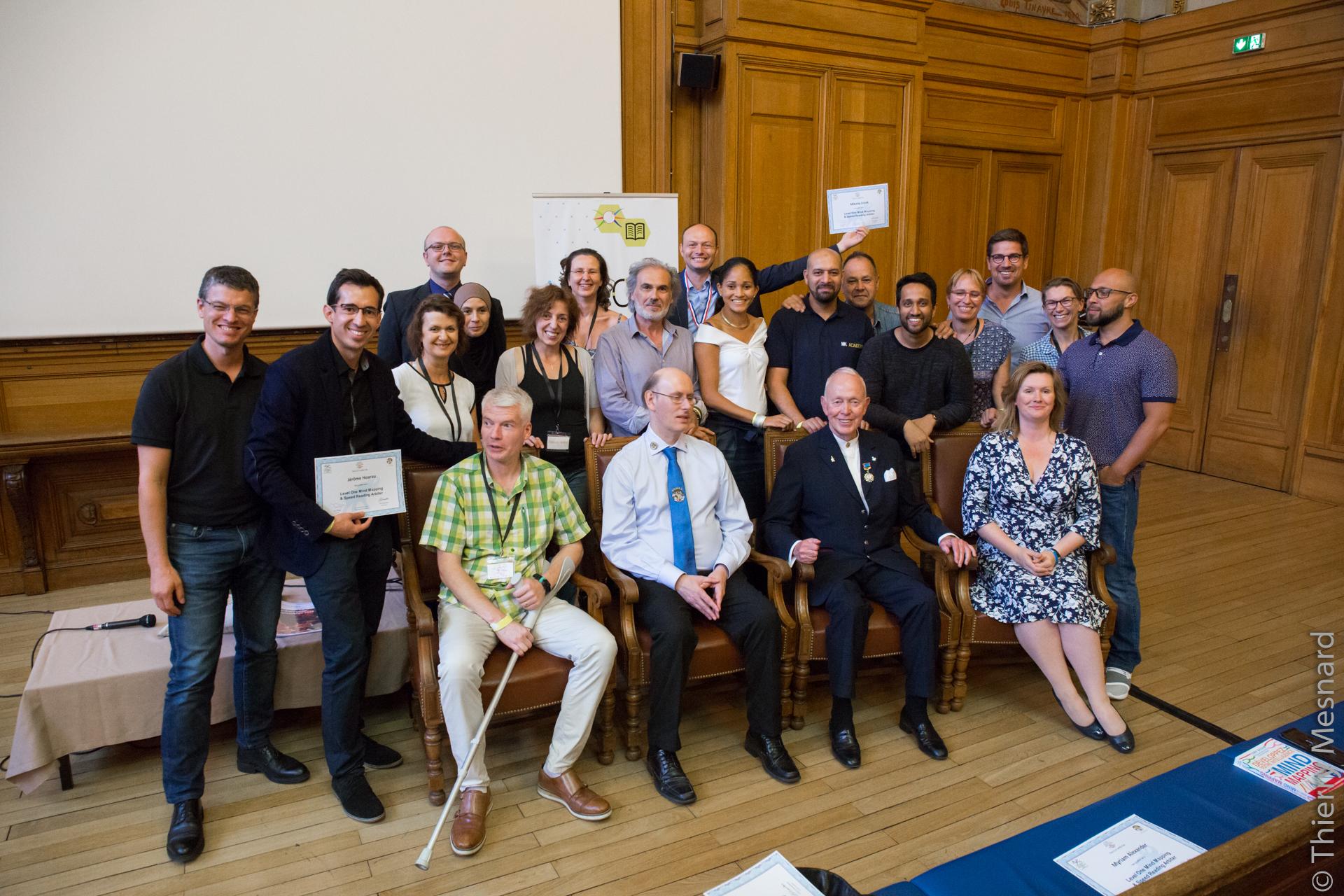 L'équipe des coachs formés et certifiés arbitres internationaux en Mind Mapping et Lecture rapide par l'équipe de Tony Buzan